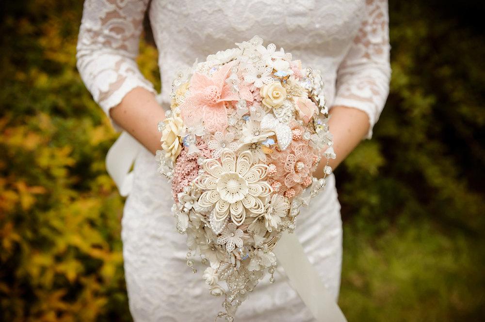 Button Bridal Bouquet Etsy : Peach wedding pretties for romantic weddings brooch button