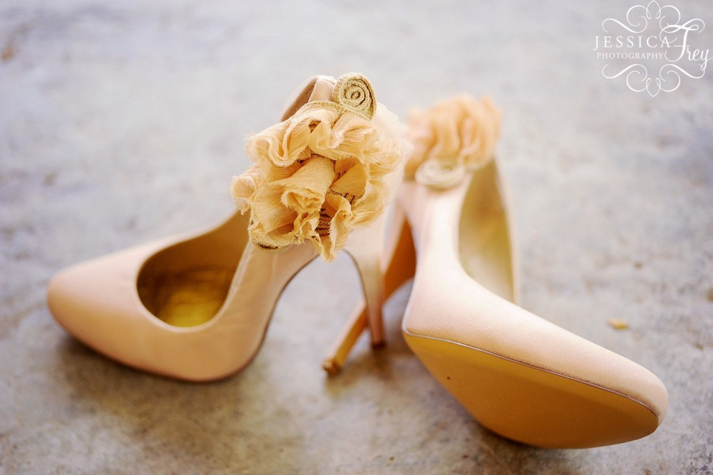 Blush-wedding-shoes-romantic-bridal-style.full