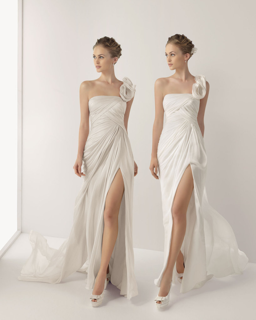 photo of 20 Gorgeous 2013 Wedding Dresses to Fall For
