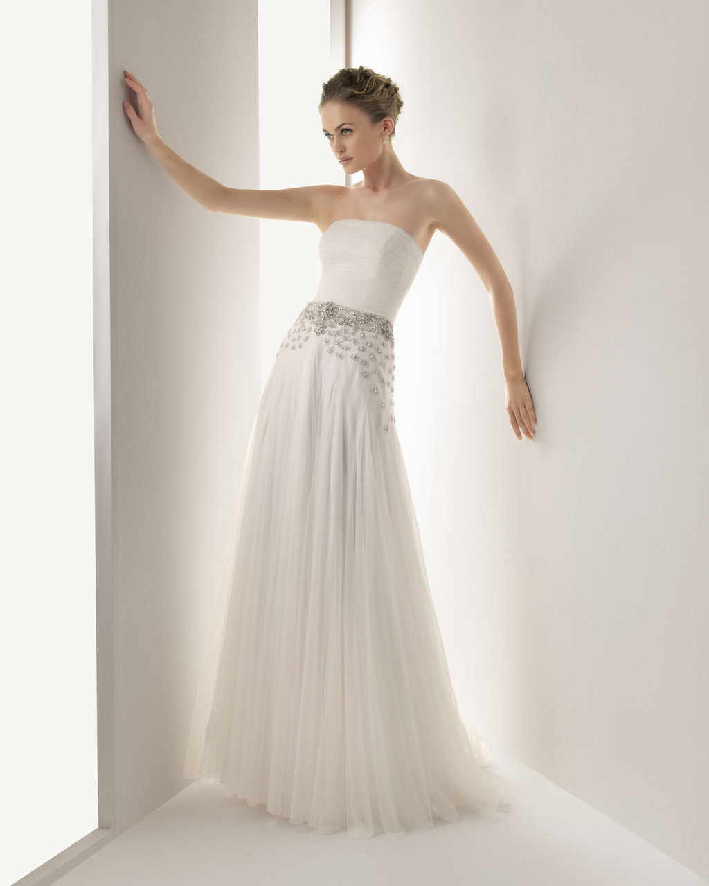2013-wedding-dress-soft-by-rosa-clara-bridal-gowns-jemal.full