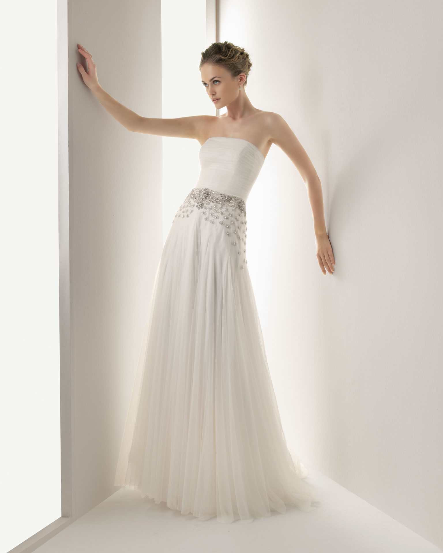 2013-wedding-dress-soft-by-rosa-clara-bridal-gowns-jemal.original