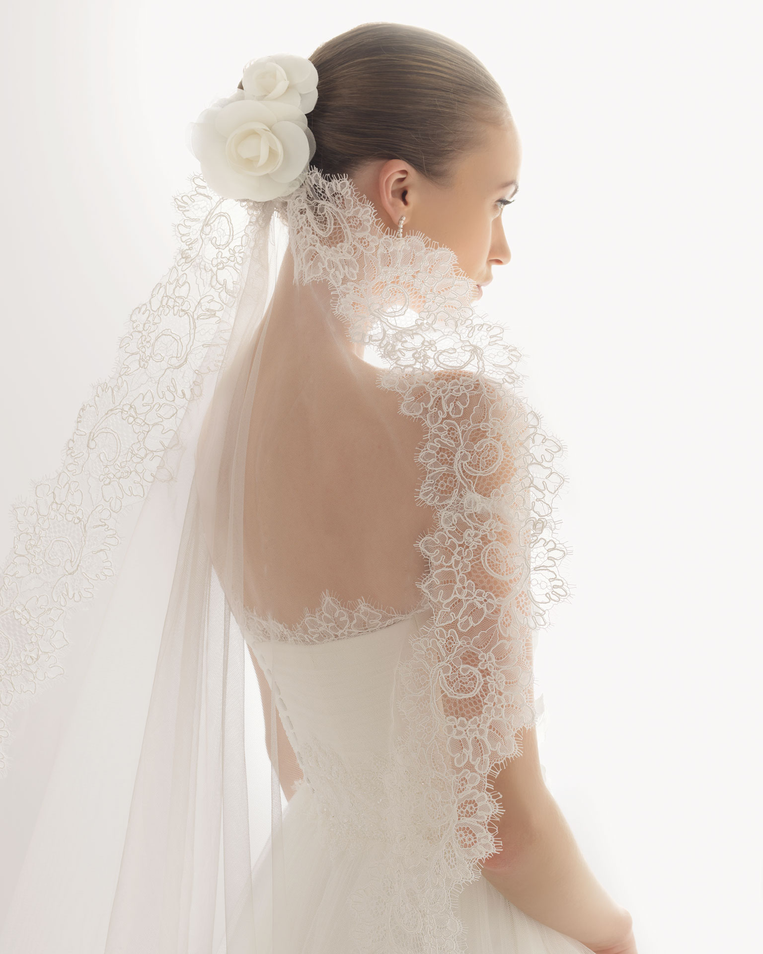 2013 wedding dress soft by rosa clara bridal gowns jonico for Wedding dress with veil