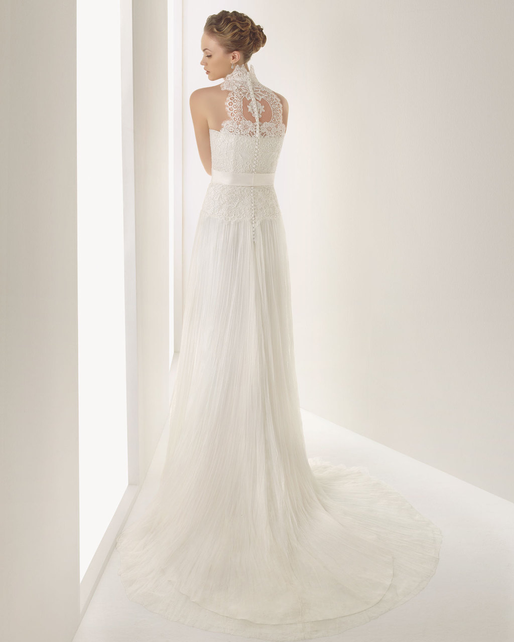 2013-wedding-dress-soft-by-rosa-clara-bridal-gowns-jucar-b.full
