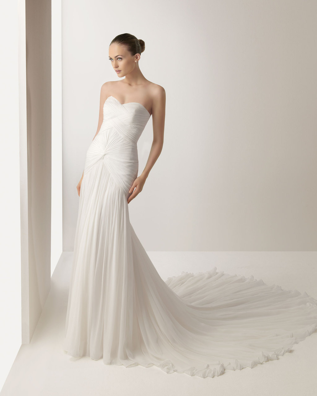 2013-wedding-dress-soft-by-rosa-clara-bridal-gowns-java.full