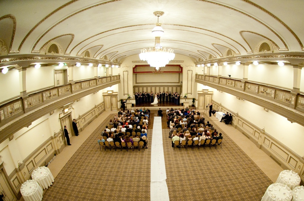 Virginia-wedding-ornate-ballroom-for-ceremony-venue.full