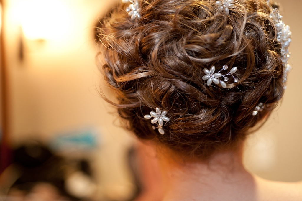 wedding photography sneak peek elegant real wedding bridal updo