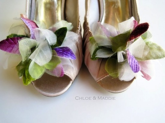 pretty little wedding shoe clips fun affordable bridal accessories 15