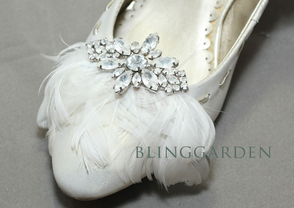 pretty little wedding shoe clips fun affordable bridal accessories feathers rhinestones