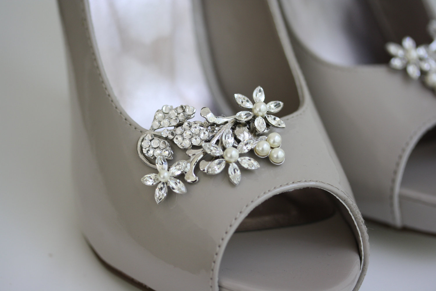 Bridal Shoes Low Heel 2017 Uk Wedges Flats Designer Photos Pics Images Wallpapers