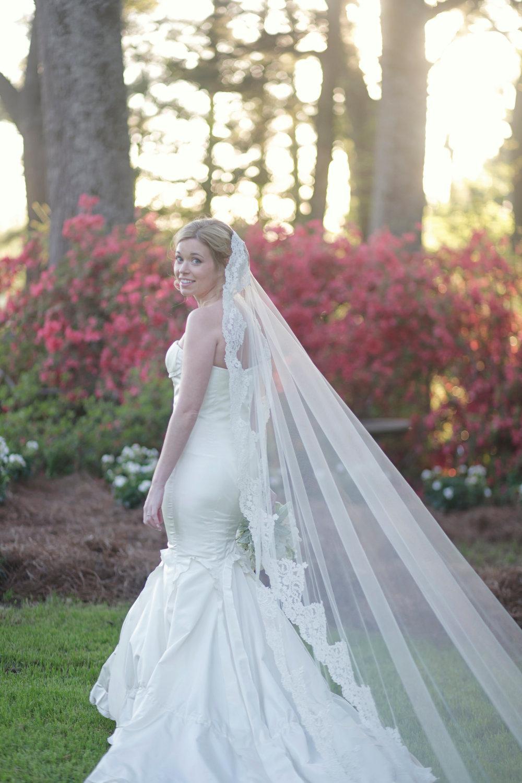 Romantic-wedding-accessories-bridal-head-chic-mantilla-veils-7.full