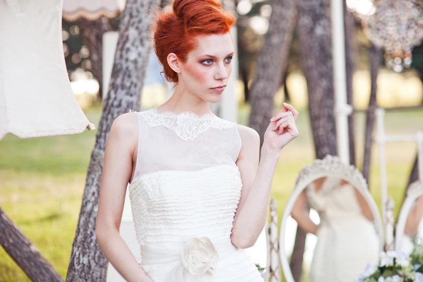 Romantic-wedding-hair-makeup-inspiration-16.full