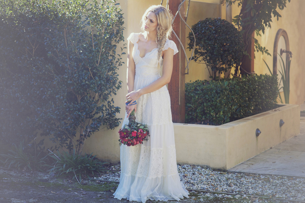 2013-wedding-dresses-romantic-bridal-gown-grace-loves-lace-19.full