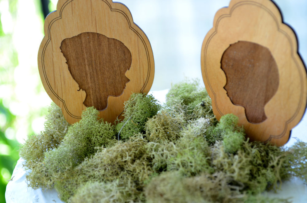 Wedding-inspiration-decor-details-elegant-themes-silhouettes-rustic-wedding-cake-toppers.full