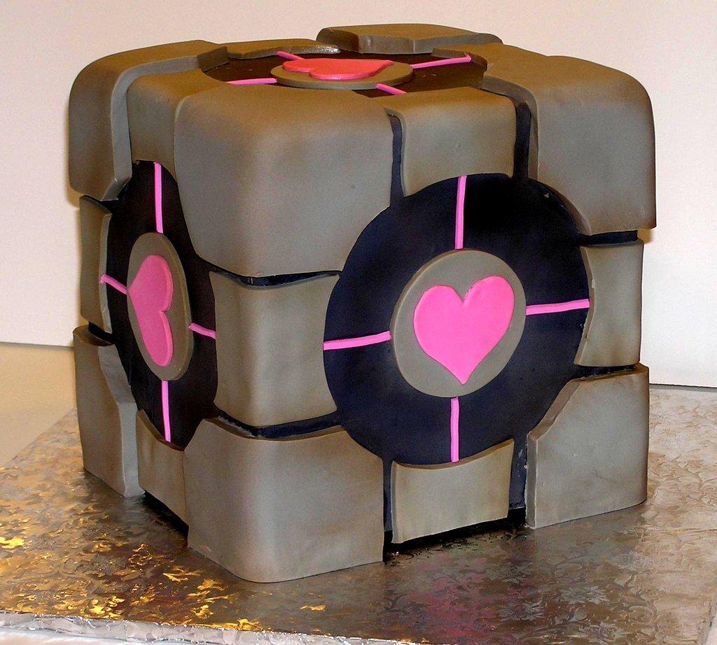 Funky-wedding-ideas-creative-grooms-cake-retro-1.full