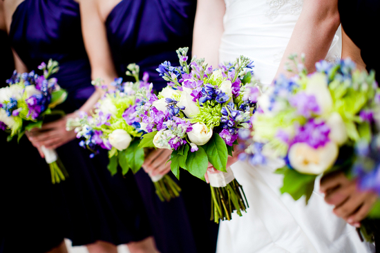 purple green wedding inspiration bridal bouquet with bridesmaids