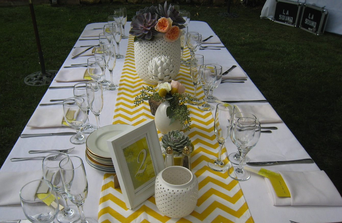 Chevron-wedding-inspiration-wedding-decor-details-for-the-reception-outdoor-tablescape.original