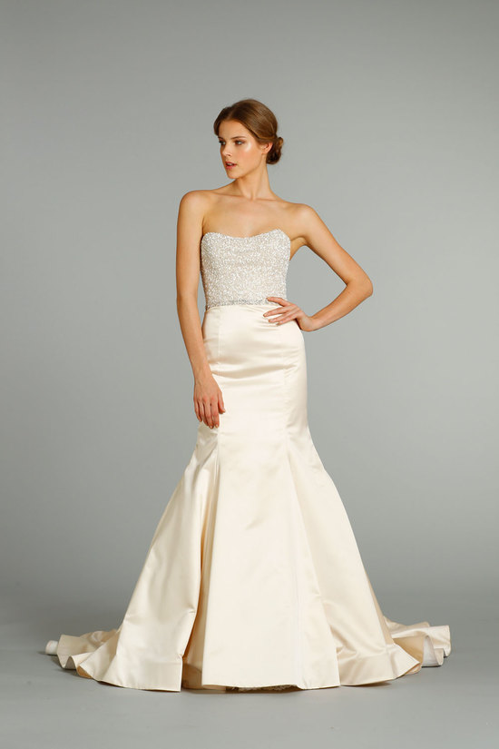 fall 2012 wedding dress Jim Hjelm bridal gowns 8250