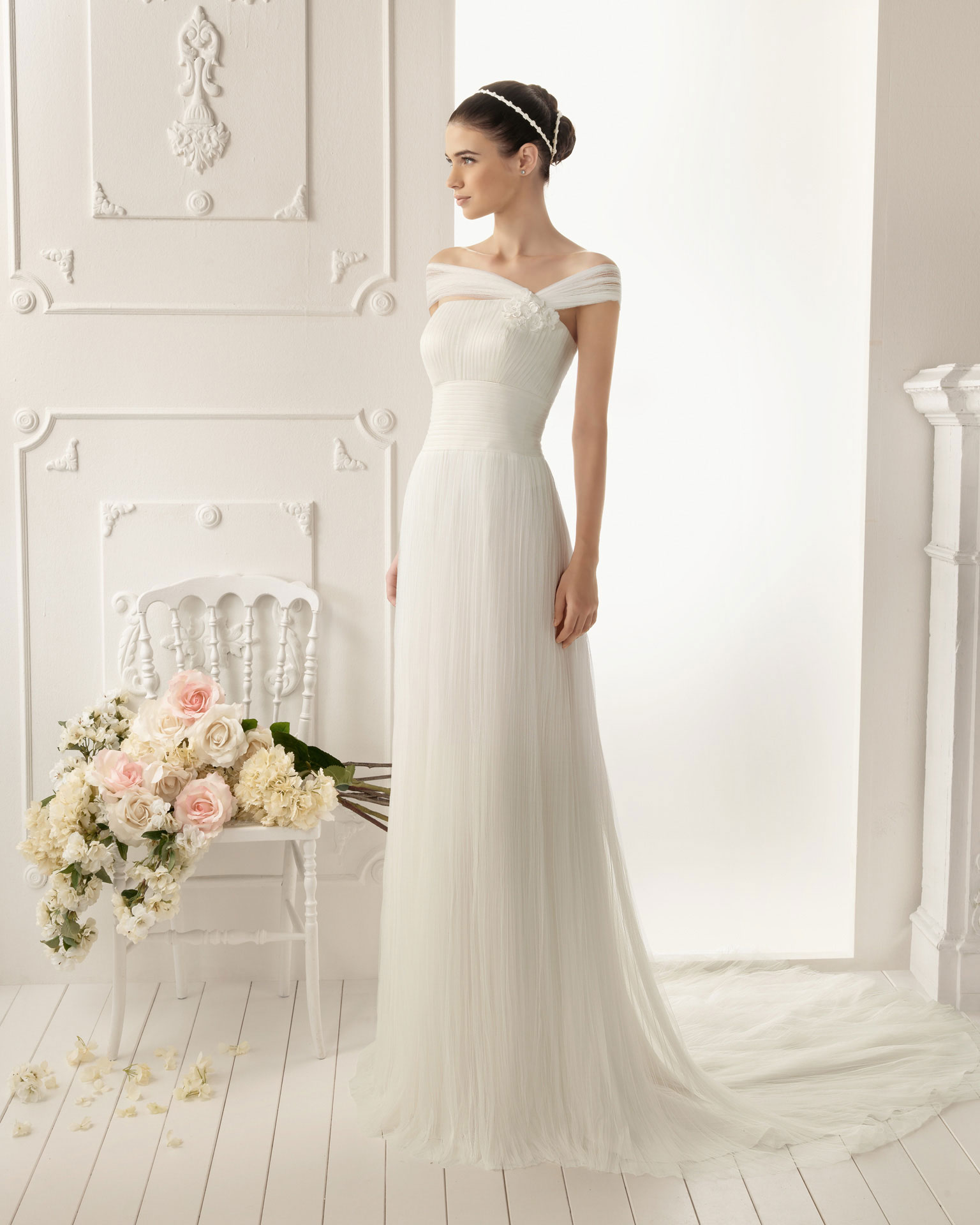 2013 wedding dress aire barcelona bridal gowns remo for Wedding dresses in barcelona spain