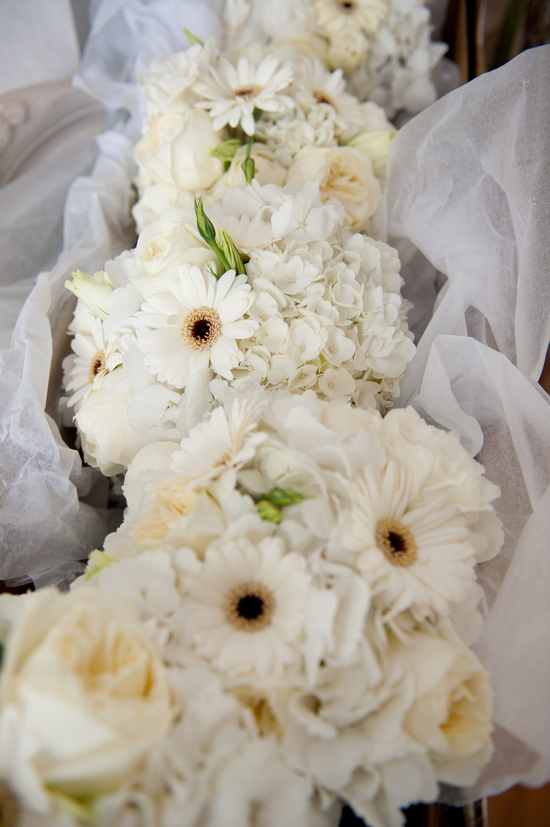 all white wedding flowers we adore
