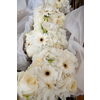 All-white-wedding-flowers-we-adore.square