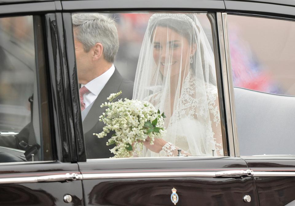 Kate-middleton-bridal-bouquet.full