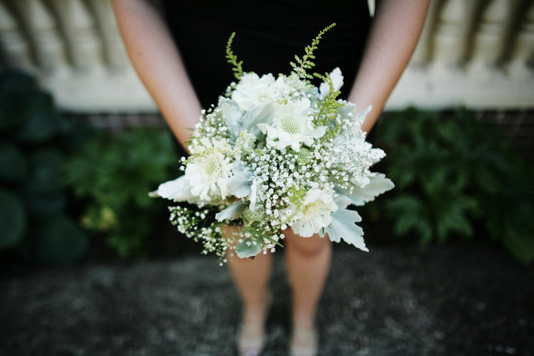 10-white-wedding-flowers-we-love-asilbe-babys-breath.original