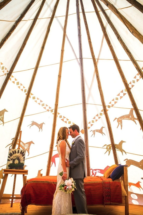 2012 wedding trends outdoor reception venues teepees not tents bride groom