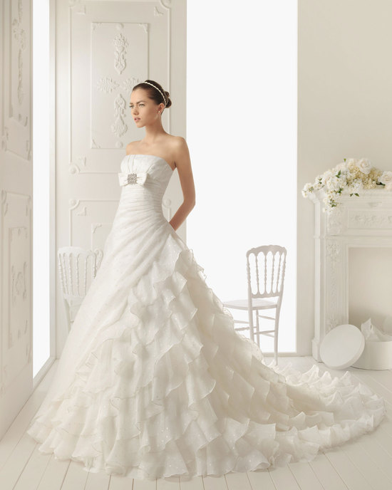 2013 wedding dress Aire Barcelona bridal gowns ritmo