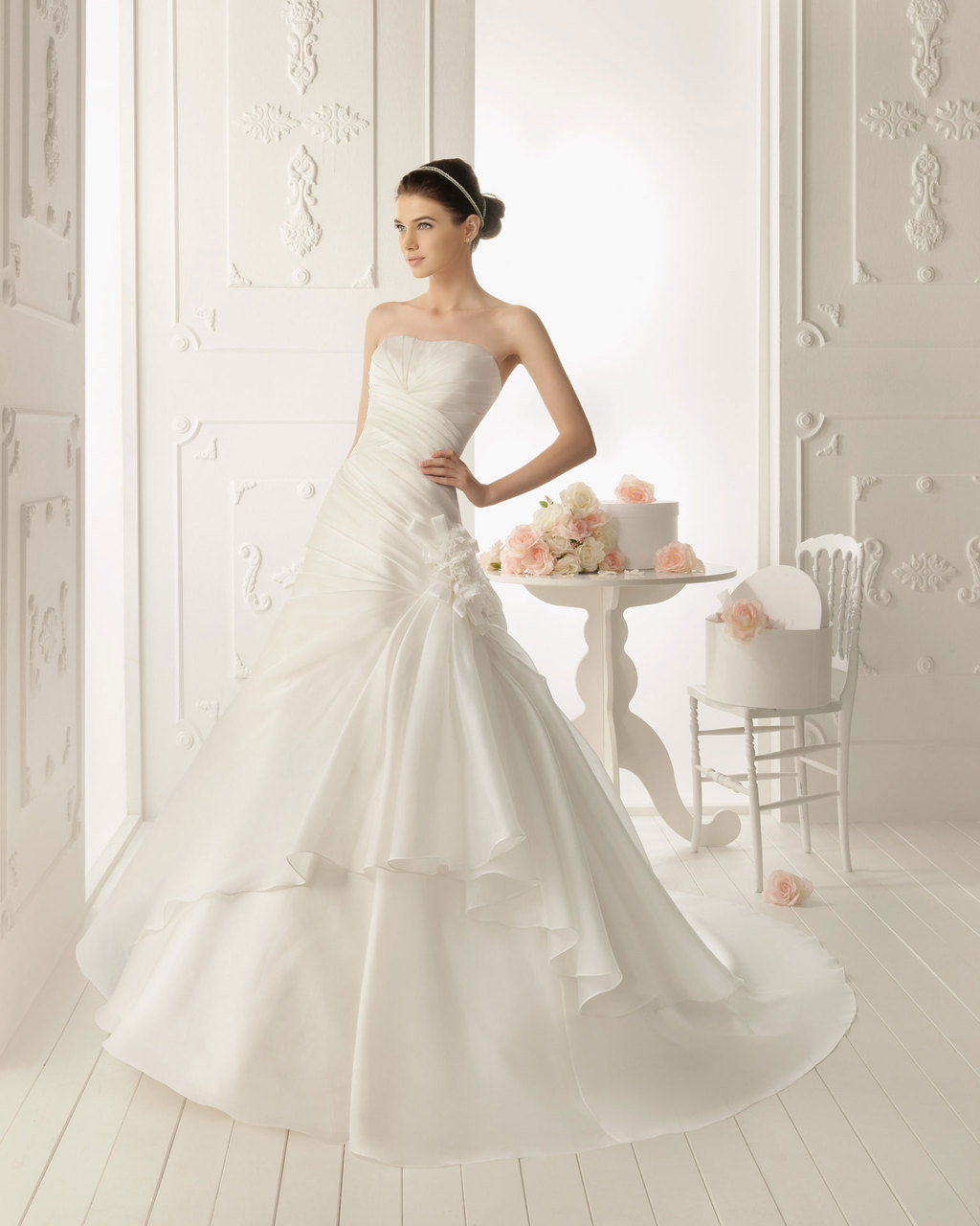 2013-wedding-dress-aire-barcelona-bridal-gowns-roble.full