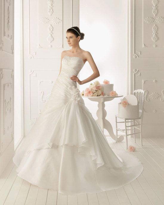 2013 wedding dress Aire Barcelona bridal gowns roble