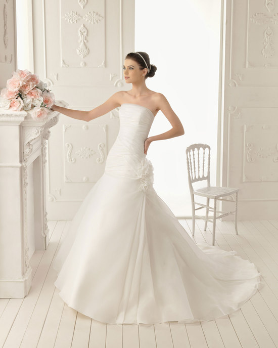 2013 wedding dress Aire Barcelona bridal gowns roca