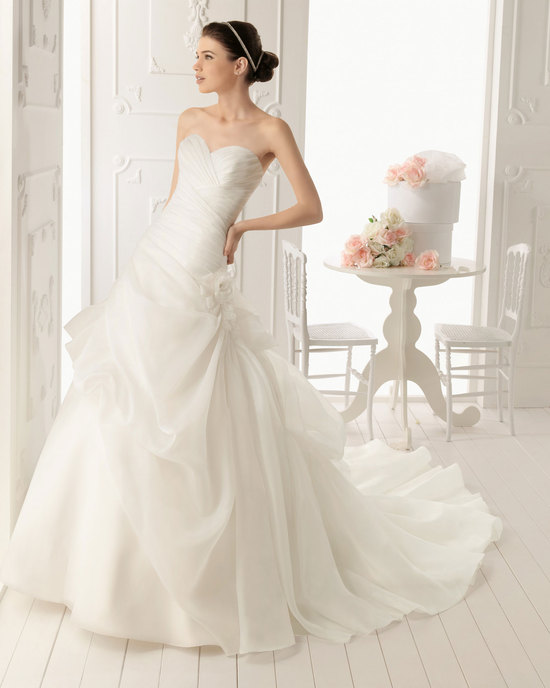 2013 wedding dress Aire Barcelona bridal gowns rocio