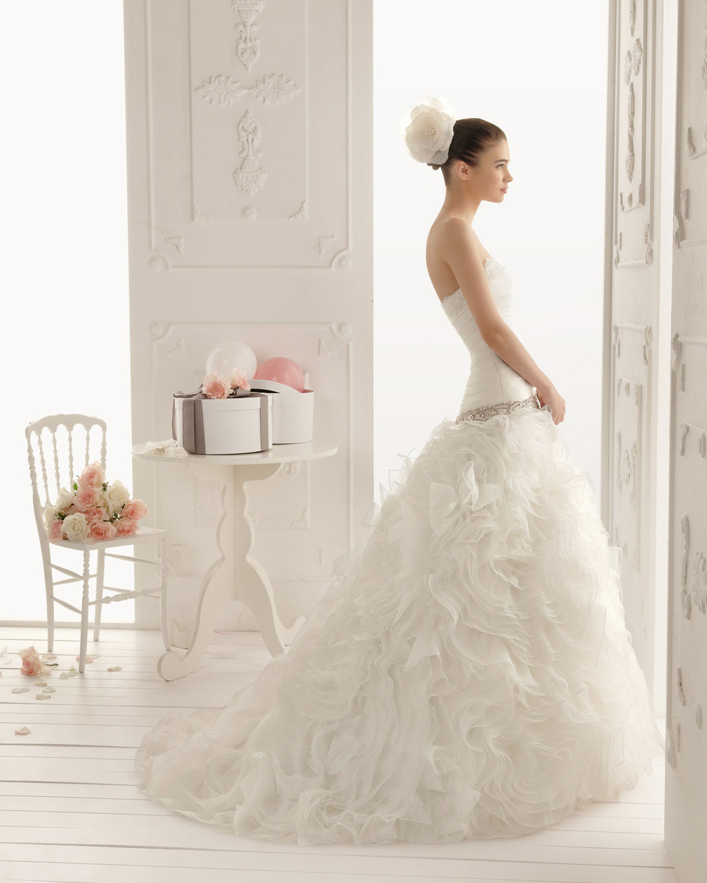 2013-wedding-dress-aire-barcelona-bridal-gowns-romina.full