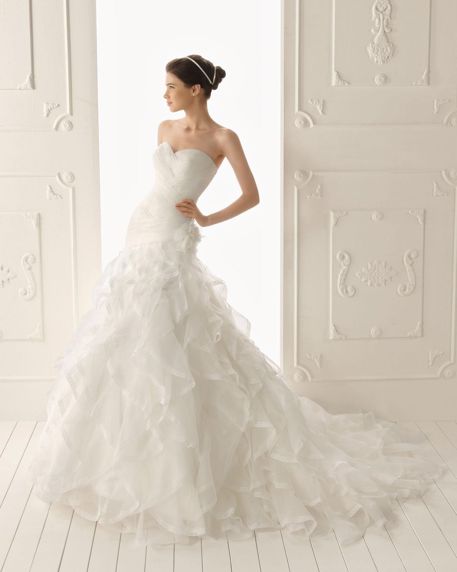 2013 wedding dress aire barcelona bridal gowns rosa for Wedding dresses in barcelona spain
