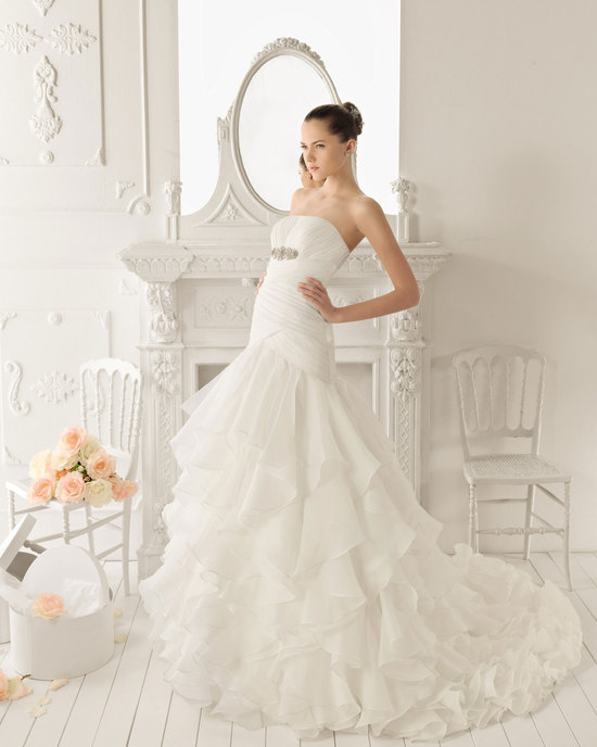 2013 wedding dress Aire Barcelona bridal gowns rotterdam