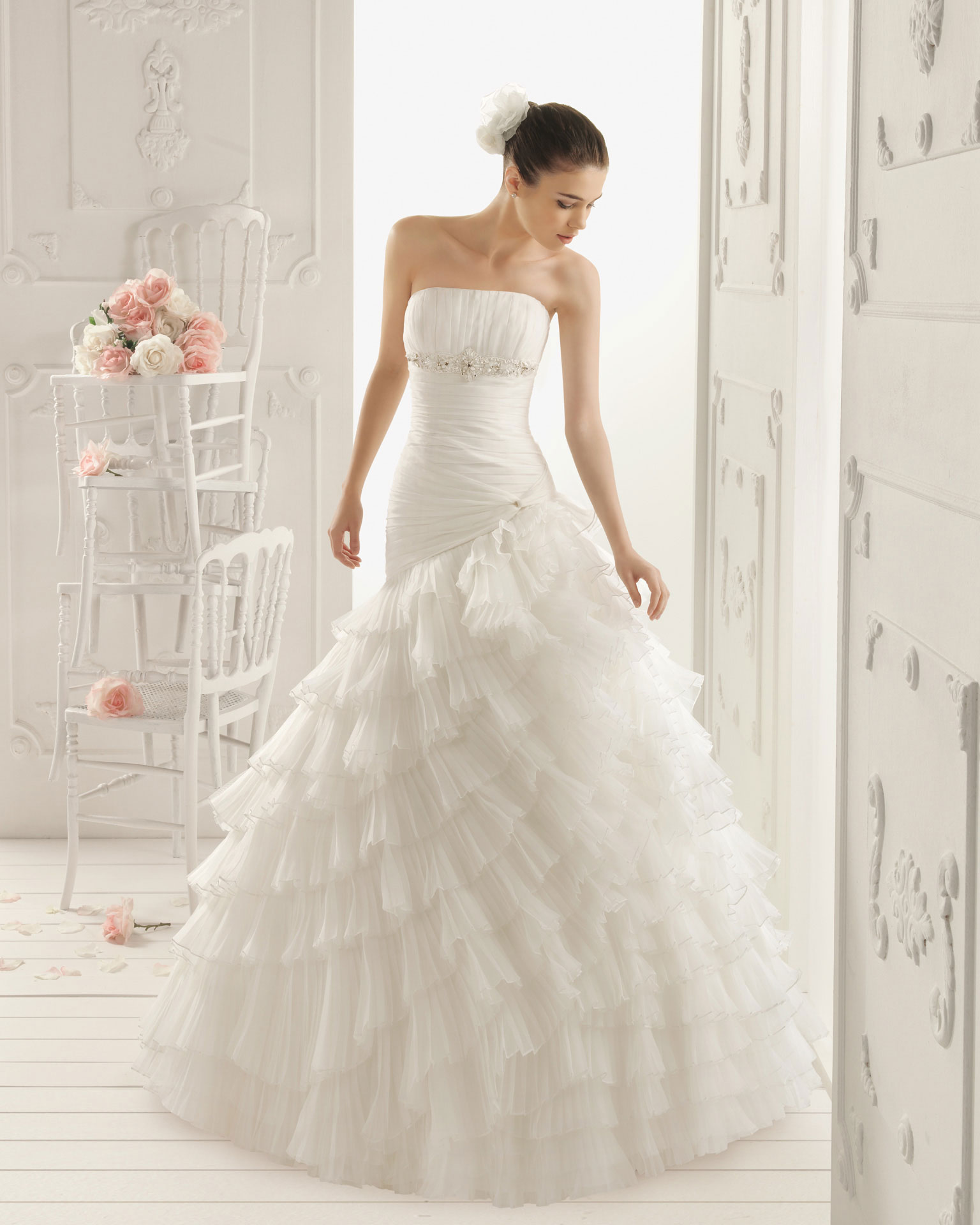 2013 wedding dress aire barcelona bridal gowns roxy for Wedding dresses in barcelona spain