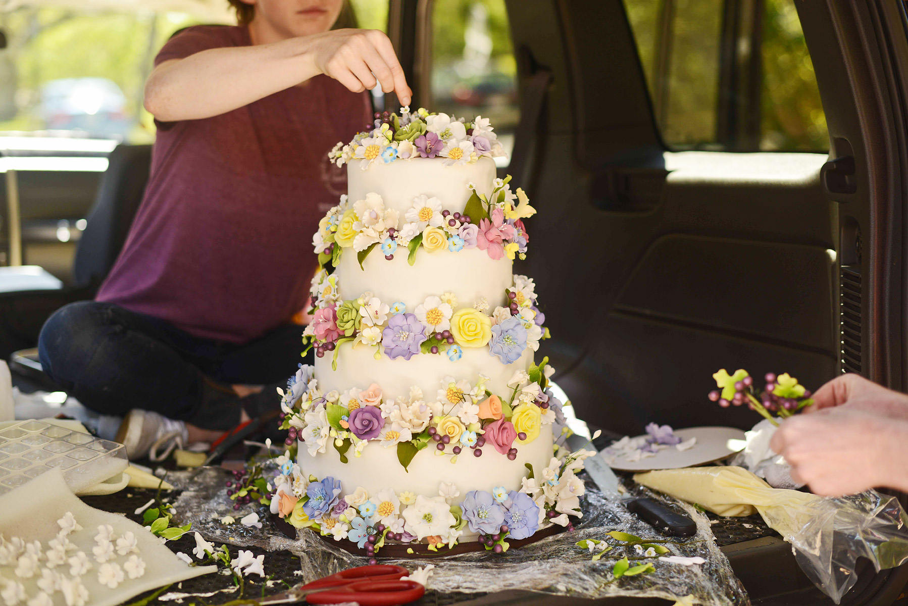 Celebrity Wedding Inspiration Bohemian Romance Real Wedding Romantic Cake