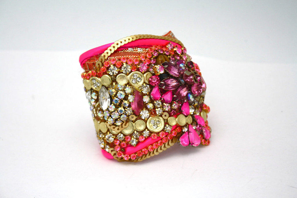 Bridesmaid-gift-ideas-bright-statement-cuff-bracelet-pink-gold.full