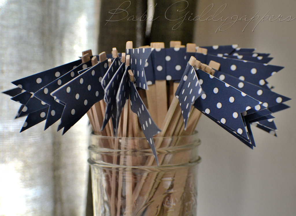 Wedding-color-inspiration-navy-blue-bridal-wedding-finds-polka-dot-drink-stirs.full