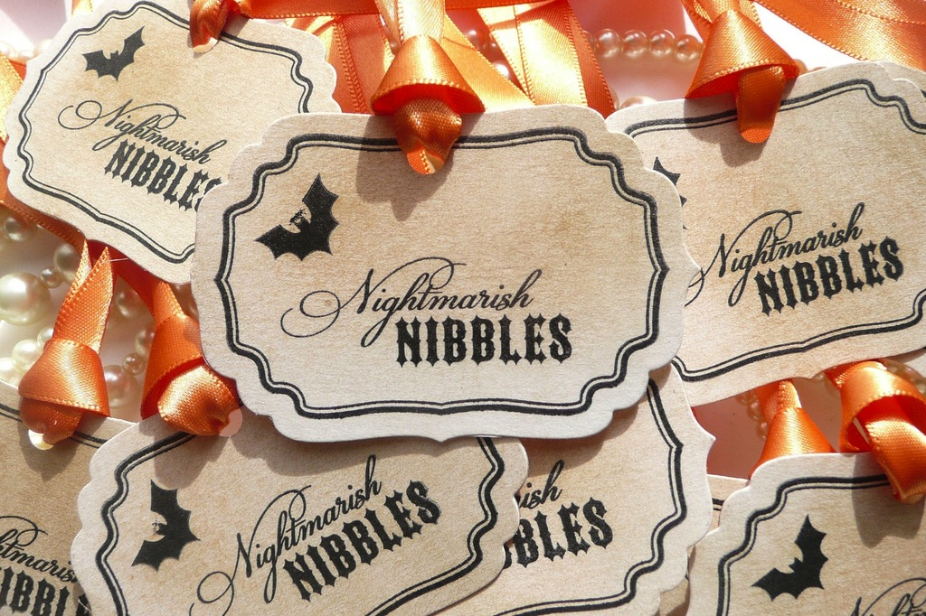 Handmade-wedding-finds-for-halloween-themed-i-dos-favor-tags.full