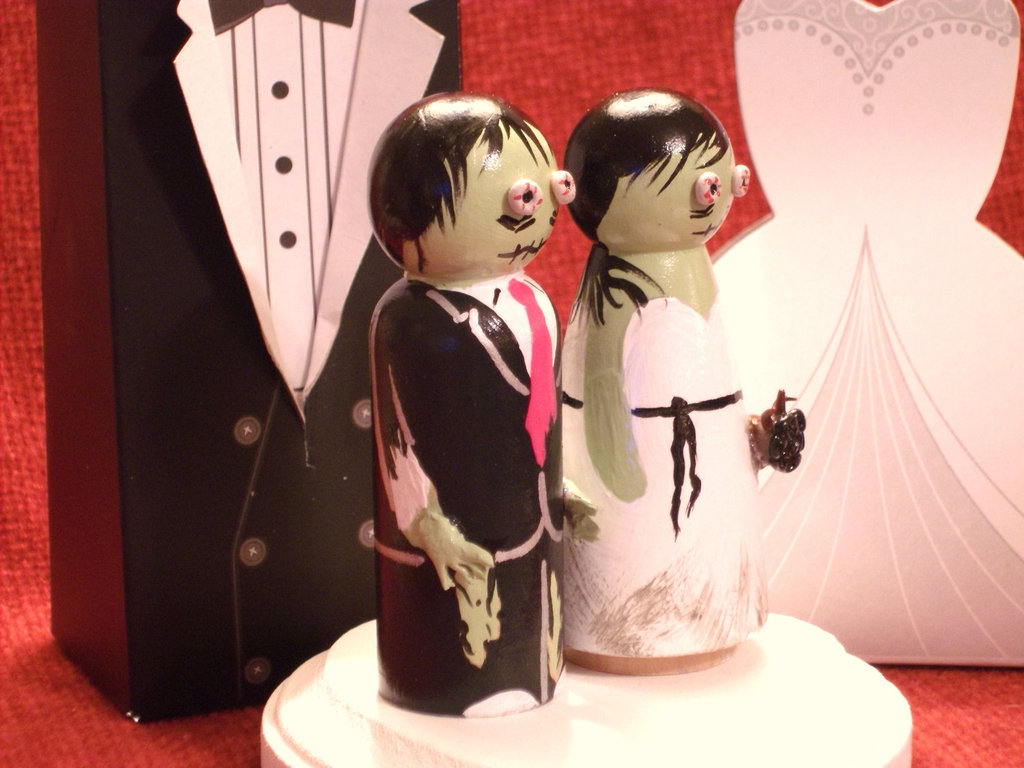 handmade wedding finds for Halloween themed I Dos scary cake topper