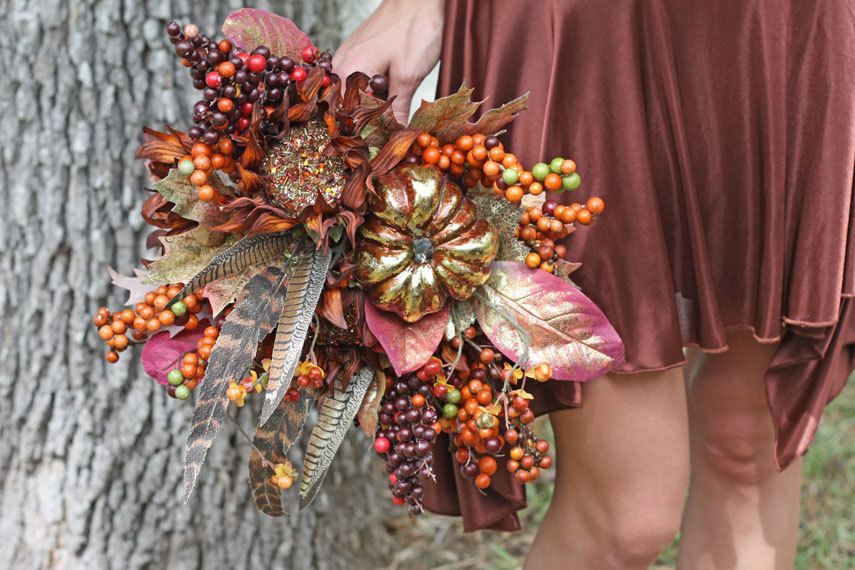 Halloween-wedding-ideas-for-fall-weddings-etsy-handmade-gilded-pumpkin-bouquet.full
