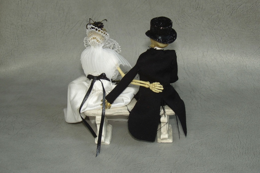 halloween wedding ideas for fall weddings Etsy handmade skeleton cake topper