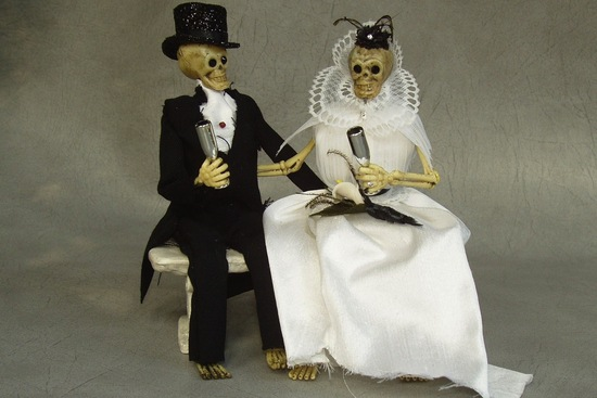 halloween wedding ideas for fall weddings Etsy handmade skeleton cake topper 2