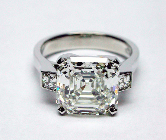 Asscher Cut Deco ring w:Side Stones 5.75 I VS1