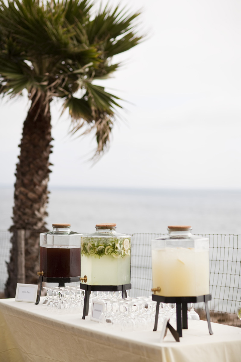 Wedding-santa-barbara-chic-halberg-photographers-rustic-elegant-outdoor-beach-wedding-venue-catering-drinks-2483.full
