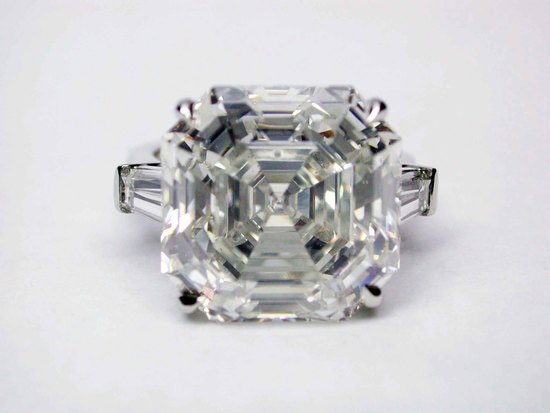 Asscher Cut Deco ring w:TaperedBaguettes17.40 H VS2