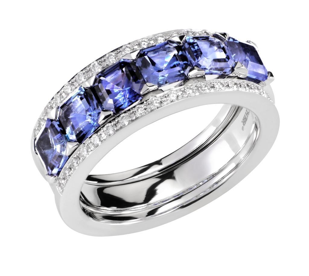 Desire%20band%20-%20blue%20sapphire.full