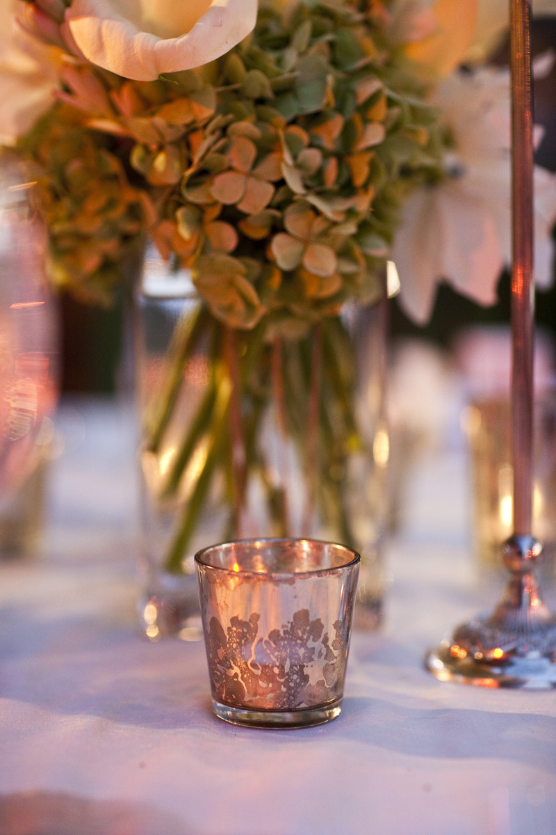 Wedding-santa-barbara-chic-halberg-photographers-rustic-elegant-outdoor-beach-wedding-venue-table-decor-3104.full