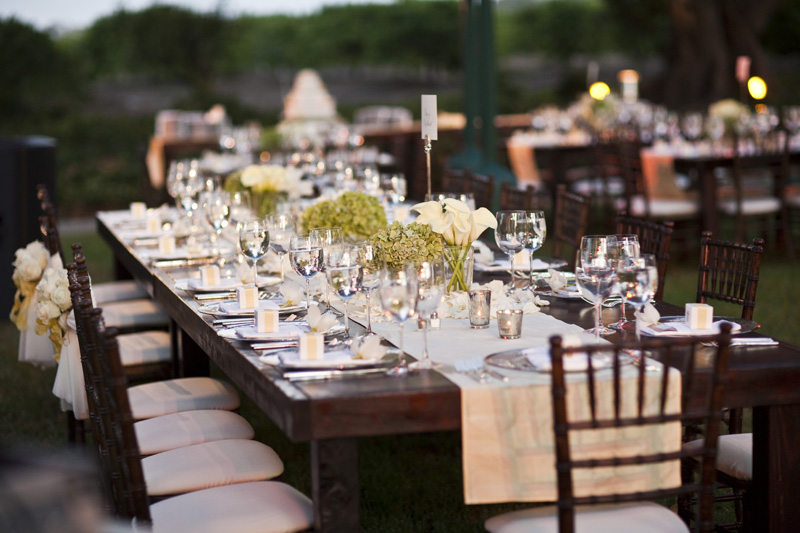 Rustic elegant wedding at rancho dos pueblos for Garden wedding table settings
